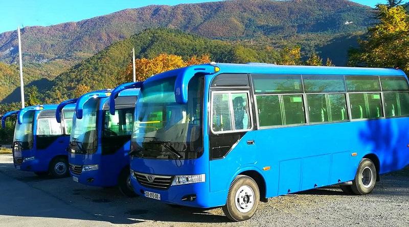 ამბროლაურის მუნიციპალიტეტს 3 ახალი ავტობუსი მოემსახურება