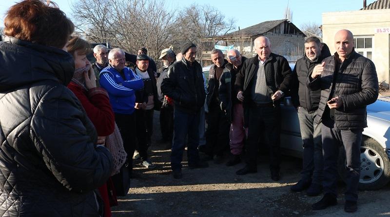 სოფლის მხარდაჭერის პროგრამის ფარგლებში ქარელის 5 სოფელში კრება ჩატარდა